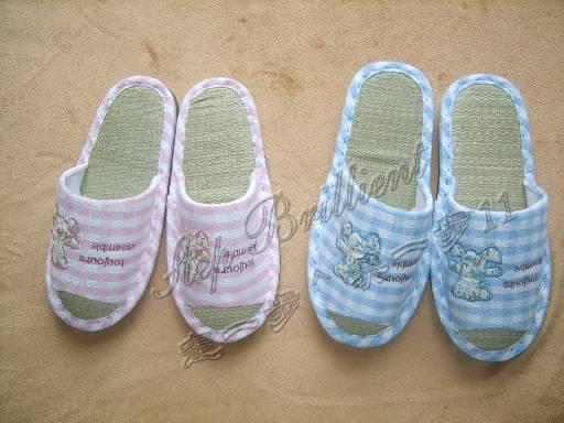Unisex indoor leisure slipper 14
