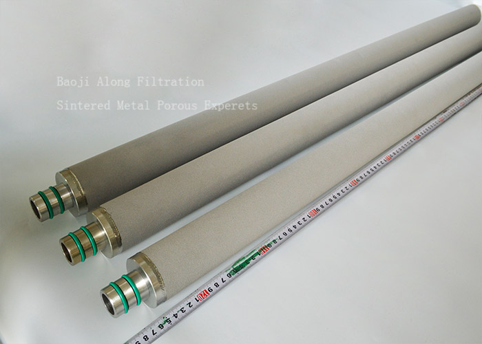 Powder sintered titanium rod filter media for self-cleaning filter housing