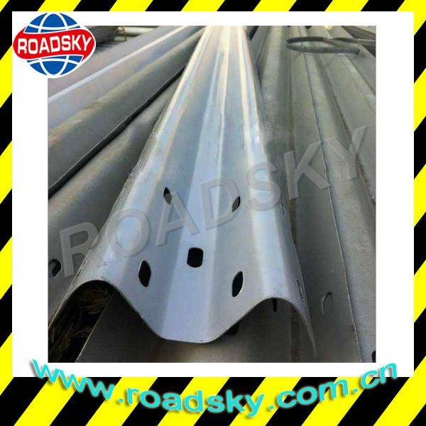 Roadway Corrugated Galvanized Thrie Beam Guardrail For Sale