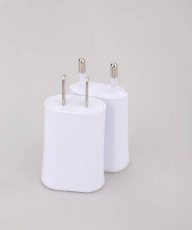 USB wall charger universal wall socket usb charger For Smartphone And Ipad