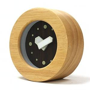 shining table clock