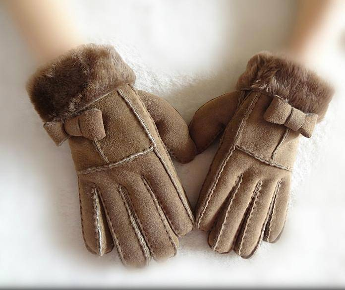 2015 fashion double face leather gloves with butterfly