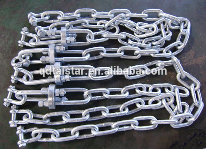 Anchor chain with shackles in the end