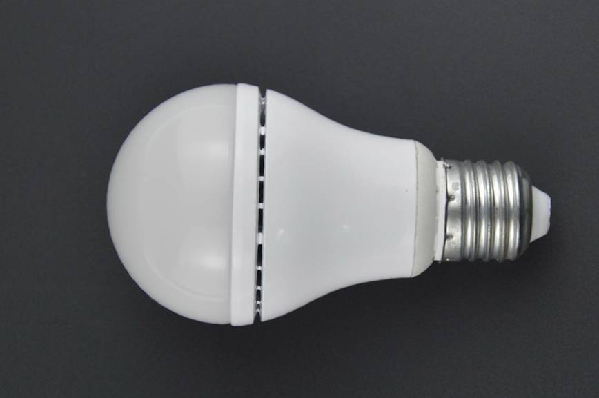 New design LED light bulb made in China