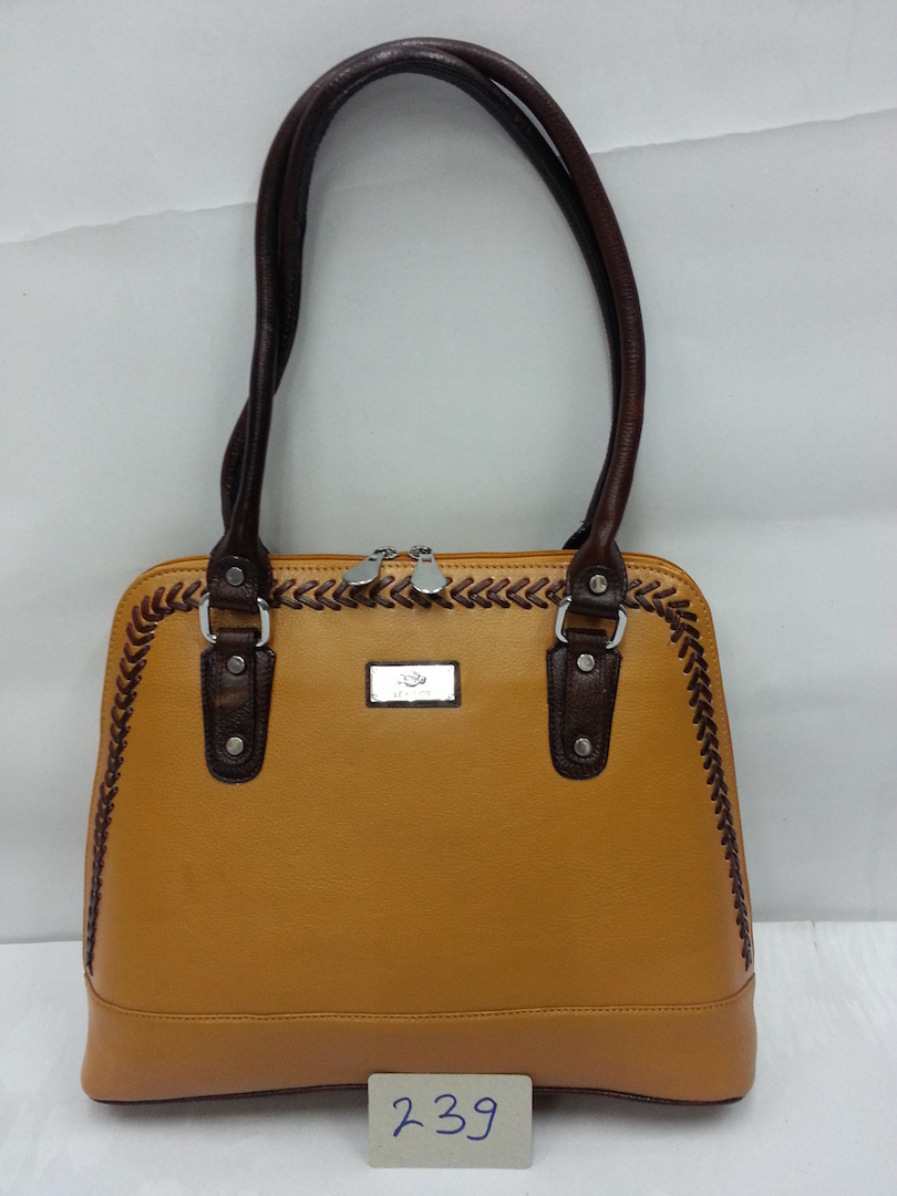 Ladies Bag Black & Yelow color