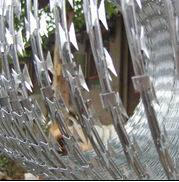 BTO-10 Barbed Razor Wire