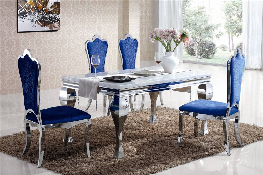 2608 Dining room furniture dining table