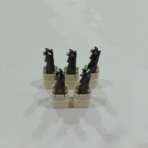 High performance  Solid Carbide 4 Flutes End Mills from China