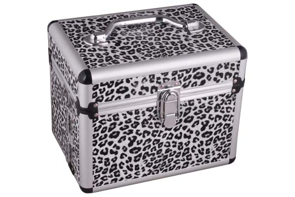 Jewelry Case with Detachable Drawers