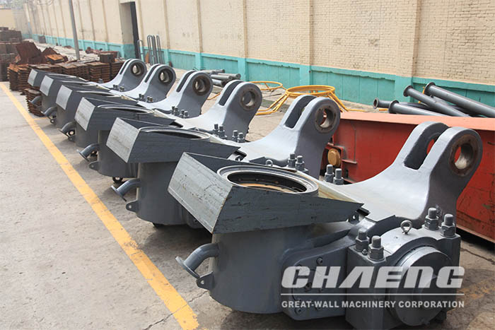 Vertical cement mill rocker arm