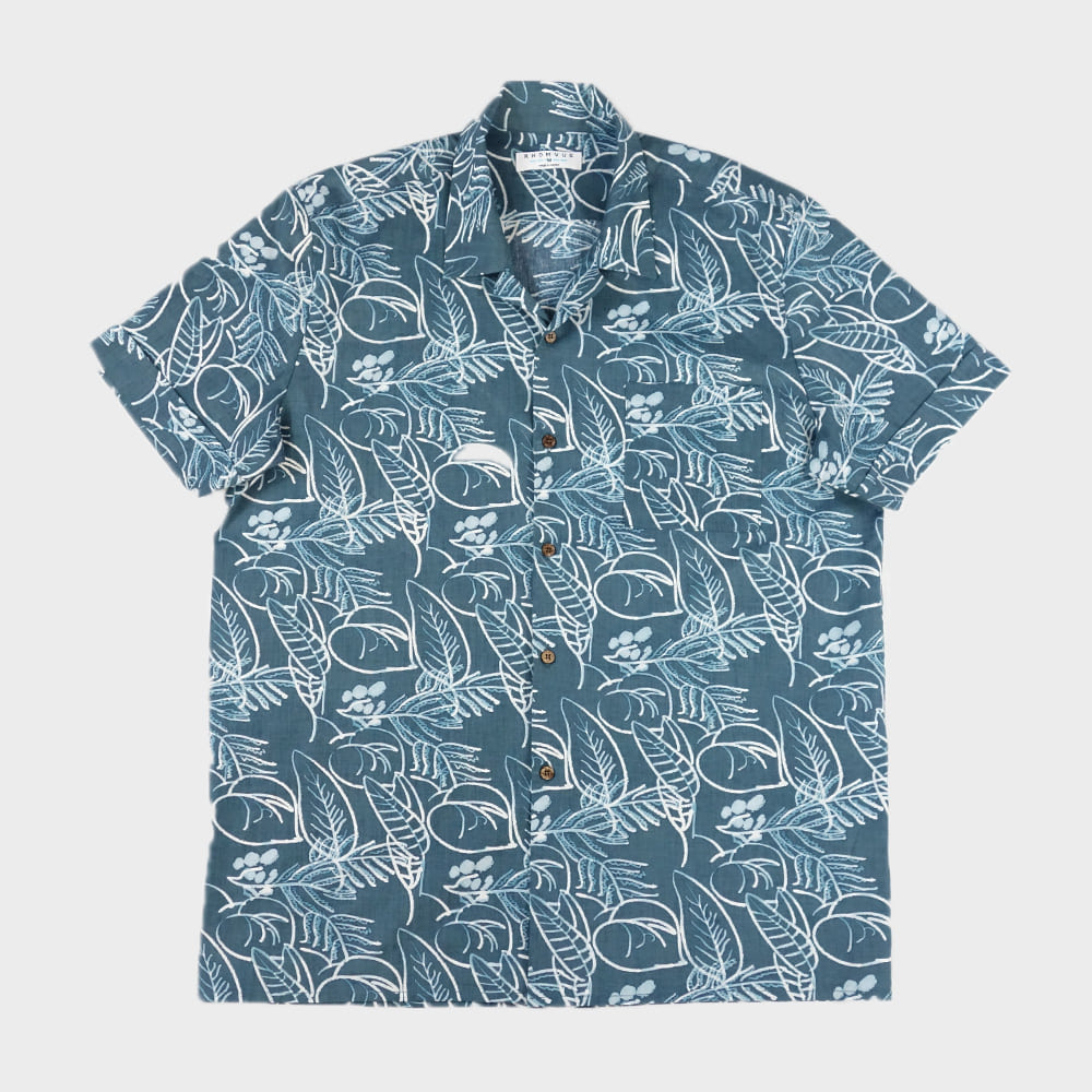 WATER PRINT SUMMER LONG SLV SHIRTS : a straight fit with good room for movement for a comfortable