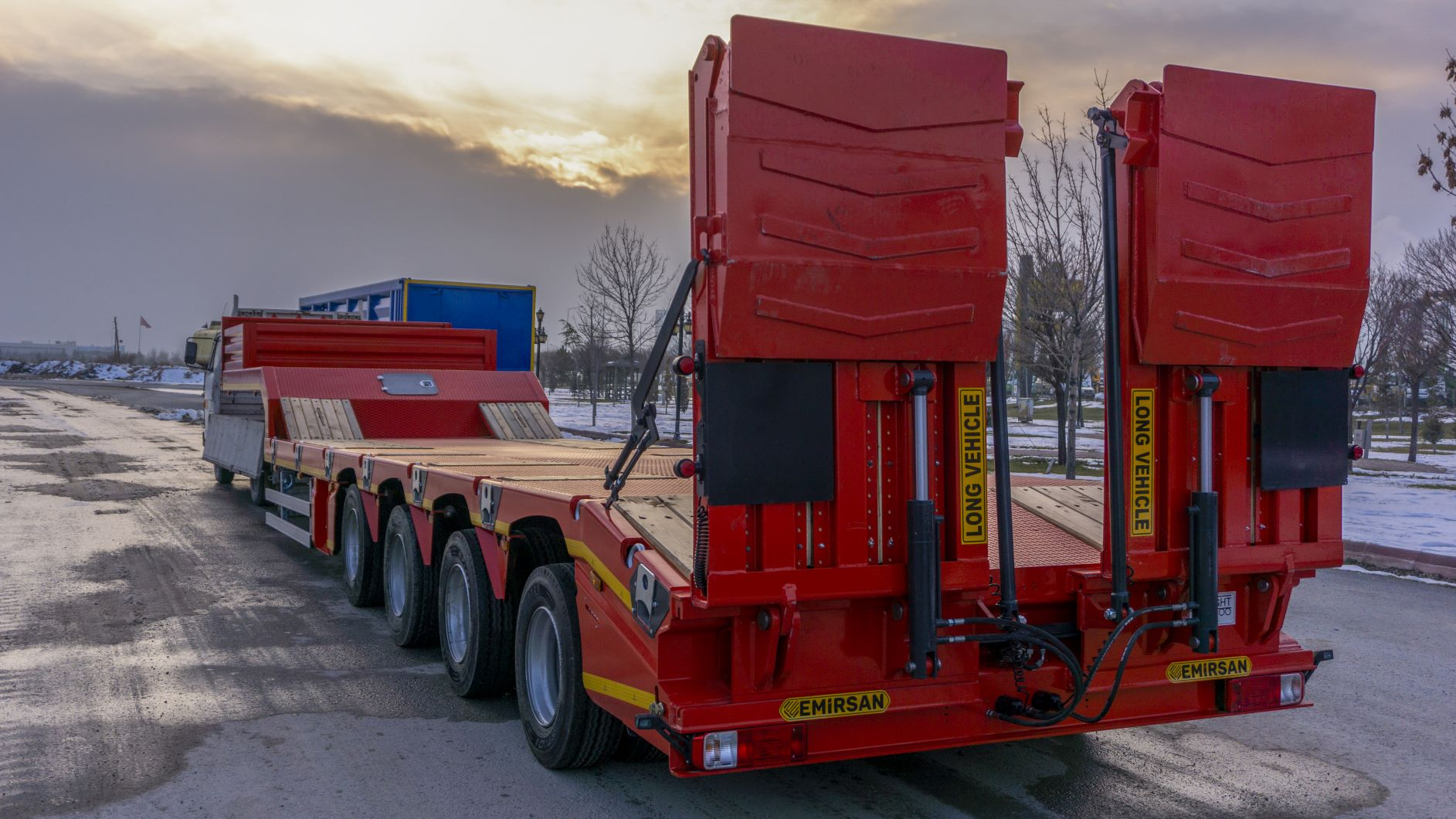 New Emirsan 4 Axle Lowbed Semi -Trailer