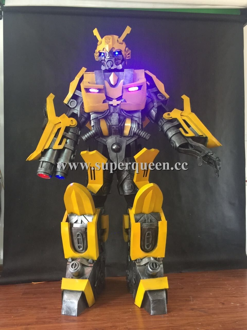 Robot Bumblebee costume for party