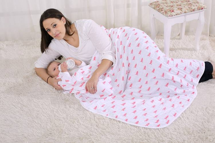LAT Organic Cotton Muslin Swaddle, Car Seat Cover, Nursing Cover