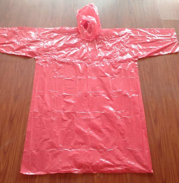PE disposable raincoat with very high quality