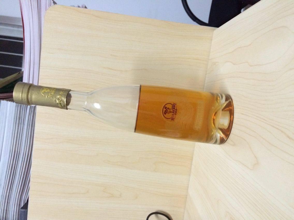 Popular Unique Clear Glass Wine Bottle with Cap Wholesale