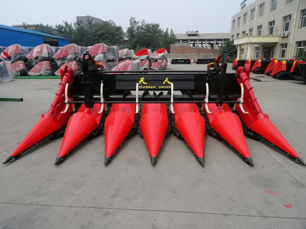 Six Rows Corn Header