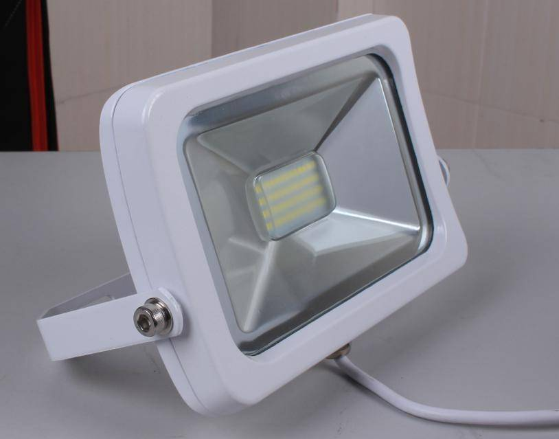 Banqcn LED high wattage flood lights with less energy
