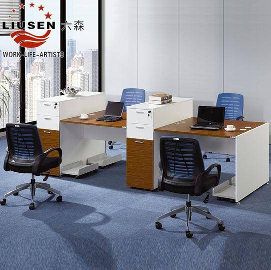 4 People Seaters Tradional and Simple Panel Office WorkstationW3200*D1200mm