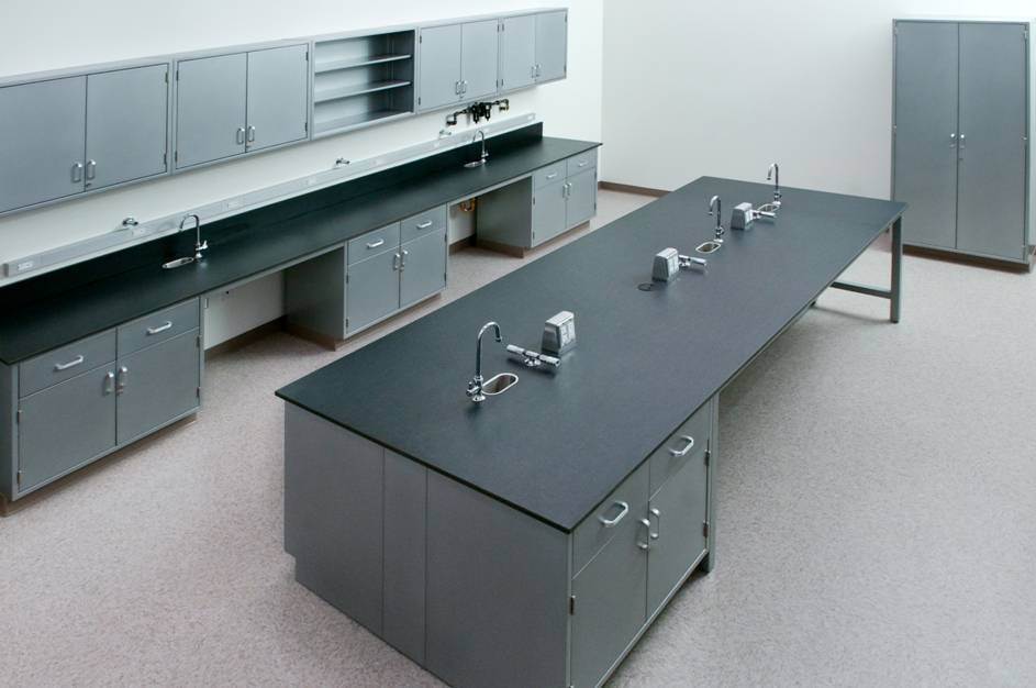 Laboratory all wood floor mounted big island bench for university/ college