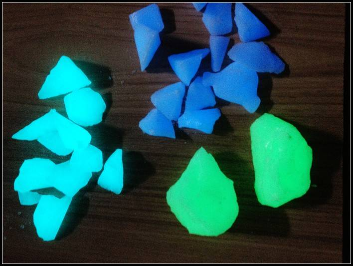 Glow Glass Chips and Gravels