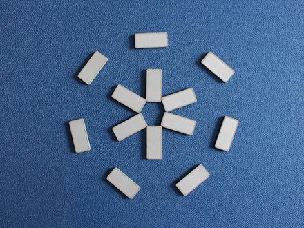 PTC heating element for bathroom