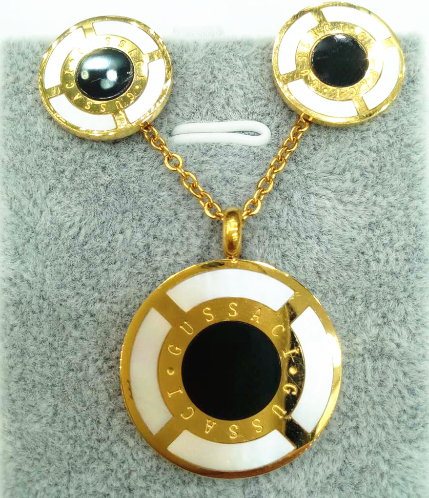 latest designs double color round insert black and white nutural shell pendant necklace earring for
