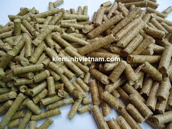 pellet from mixed chip wood, rice husk for heating