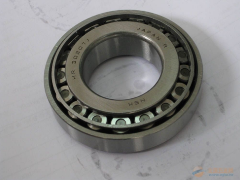 Supply of British tapered roller bearing 90486463 lm11749/10 specification 17.46239.87813843 shand