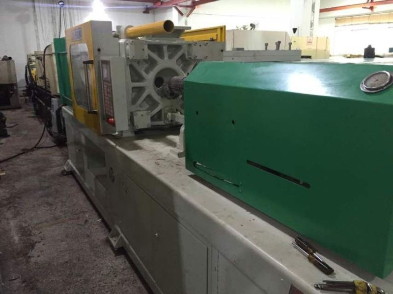 Zhen Xiong Brand 168tons Used Injection Molding Machine