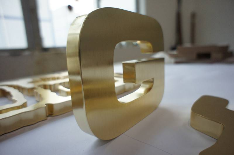 High Quality Gold Plating Letters Stainless Steel/Metal/Aluminium Channel Letters
