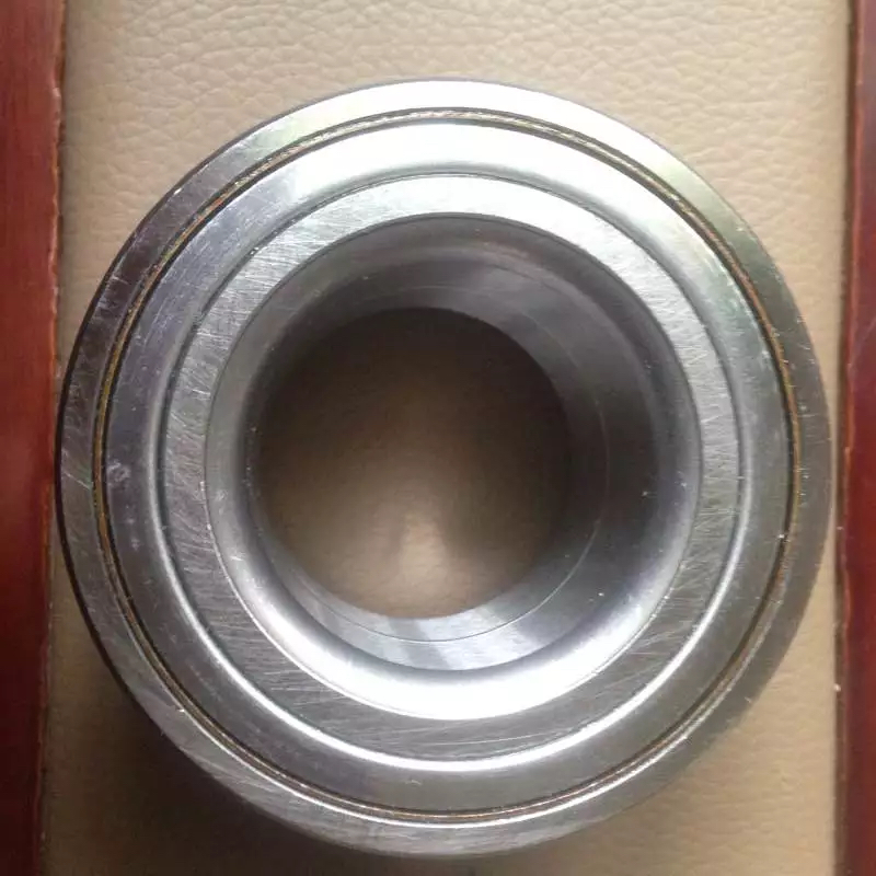 Supply of radarcana front wheel bearing 6U0407625 DAC35680037 specification 356837.