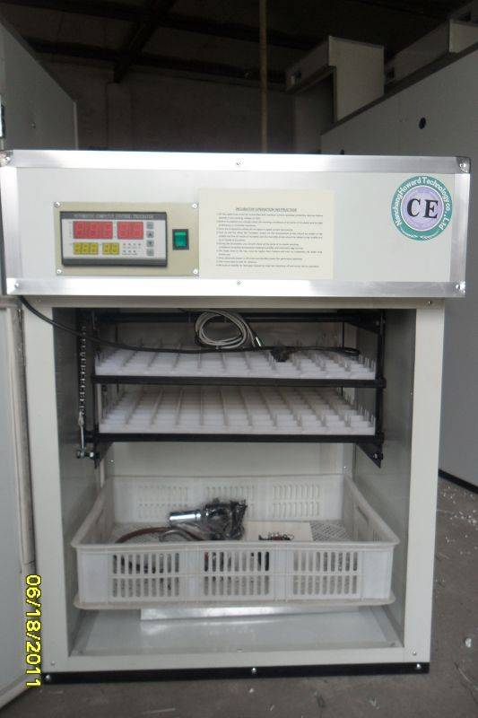 High Quality Automatic  Egg Incubator YZTIE-4automatic