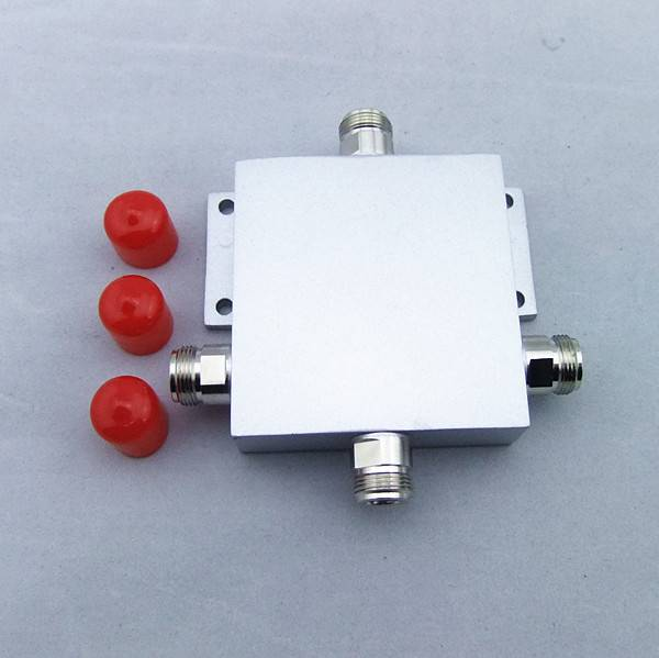 800-2500MHz 50W 3Way Micro-strip Power Splitter N-female
