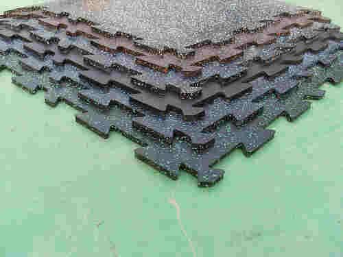 Interlock mat