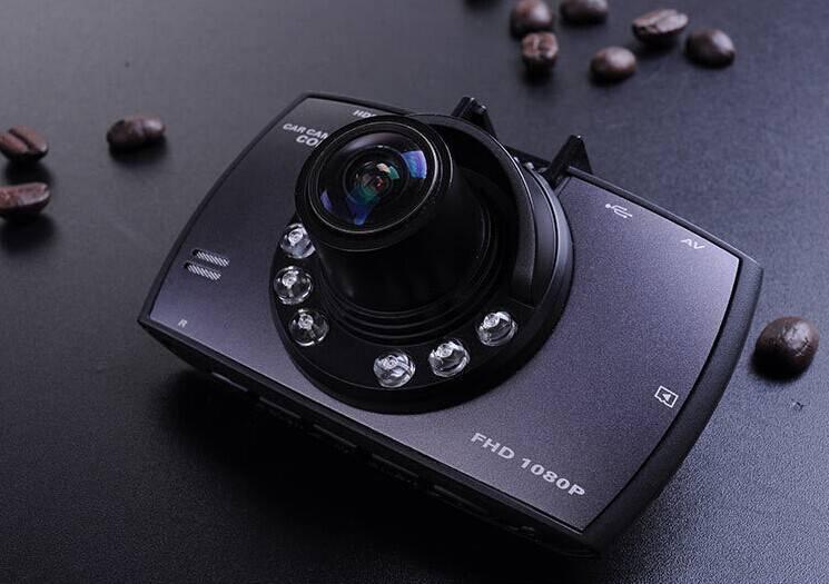 2014 new car dvr 2.7inch TFT 800MP full HD auto recorder mini dvr camera with G sensor and motion de