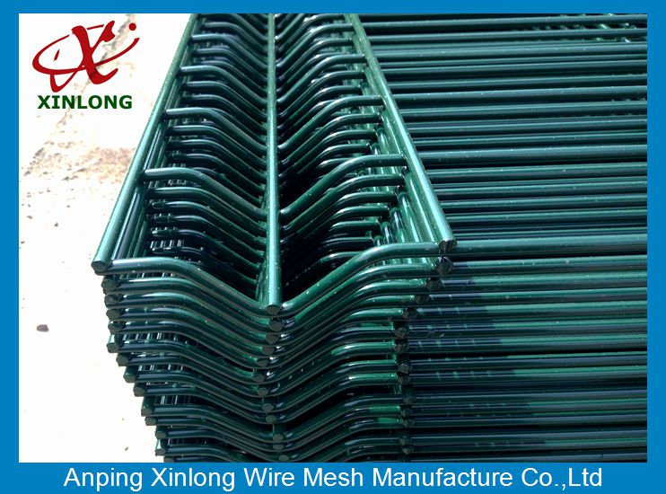 Fashionable Design Dark Green Powders Sprayed Coating High quality 3D curved wire mesh fence