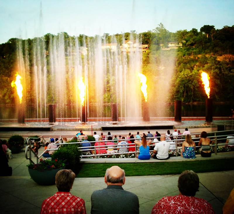 Music Fountain With Fire Spray