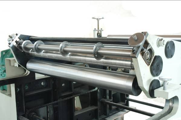 Aluminum Foil Slitting Machine