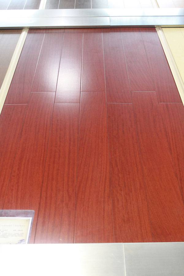 Muniga hardwood flooring