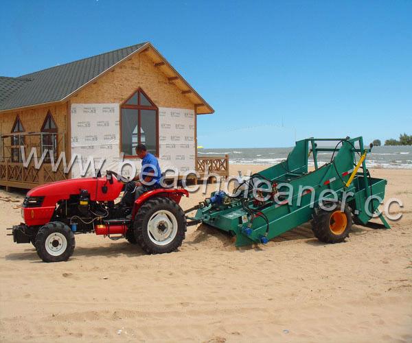 Beach Cleaner cleaning beach machine