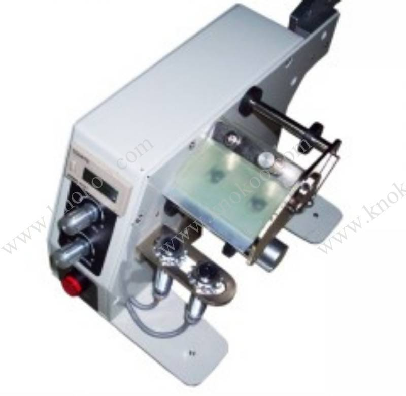 LAB120-C Automatic label dispenser with counter