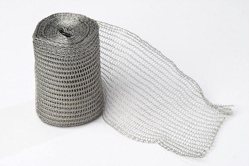 Tube type knitted wire mesh for gas and liquid filter
