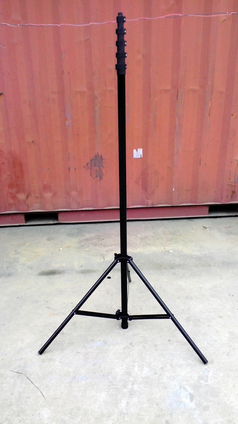 Low altitude aerial photography pole