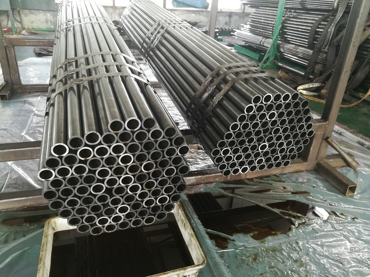 Cold rolled seamless steel pipe