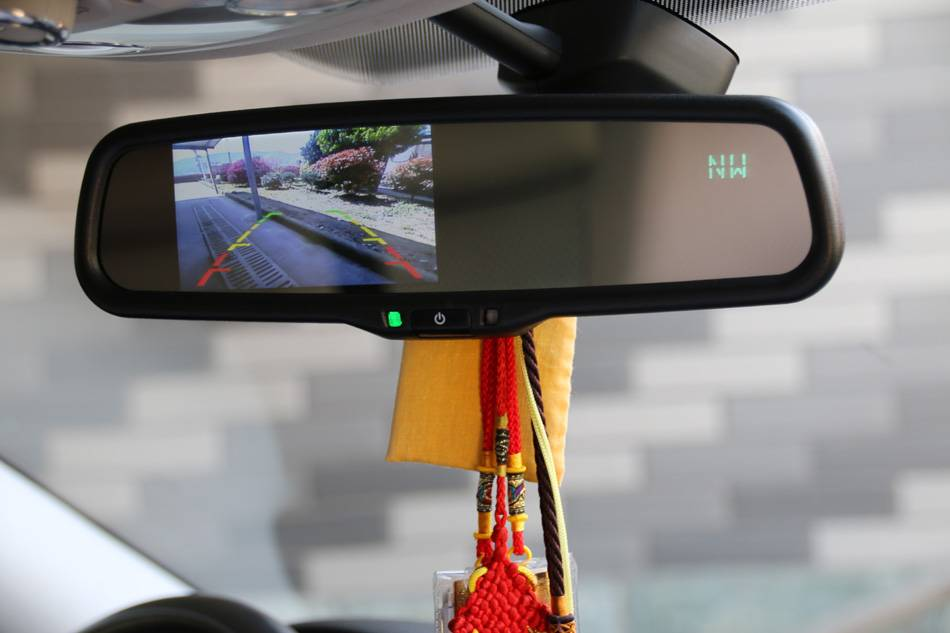 window mounting bracket suit toyota corolla rear view mirror with hdmi input/car parts/ automotive u