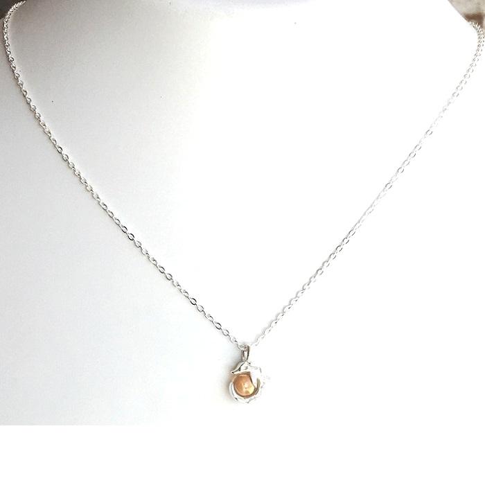 beautiful silver pendant set