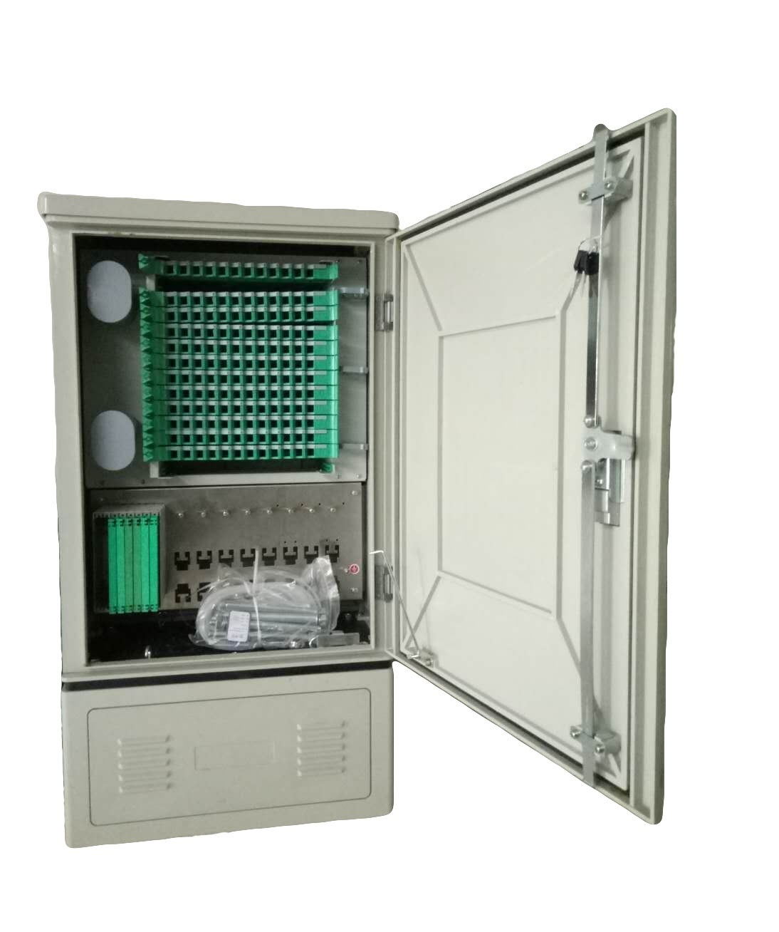 Fiber interconnect cabinet 144 cores
