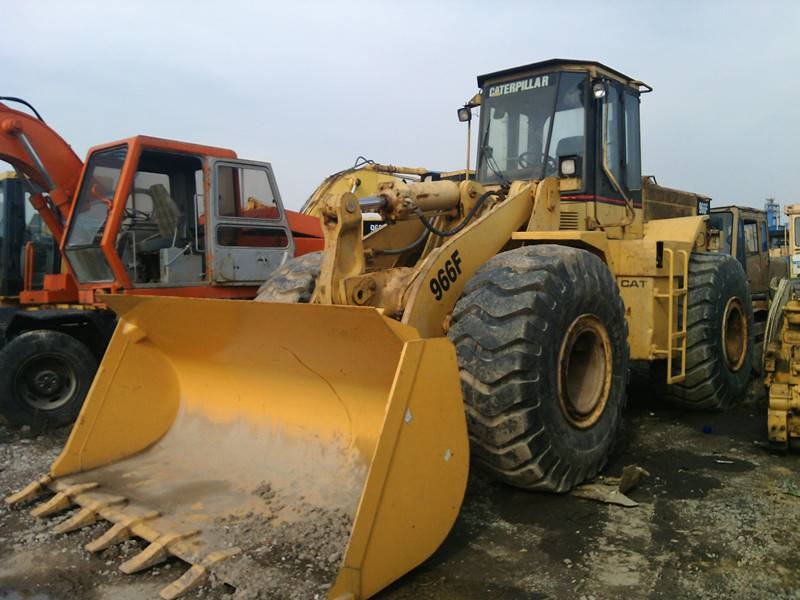 Used CAT Loader 966F in good condition
