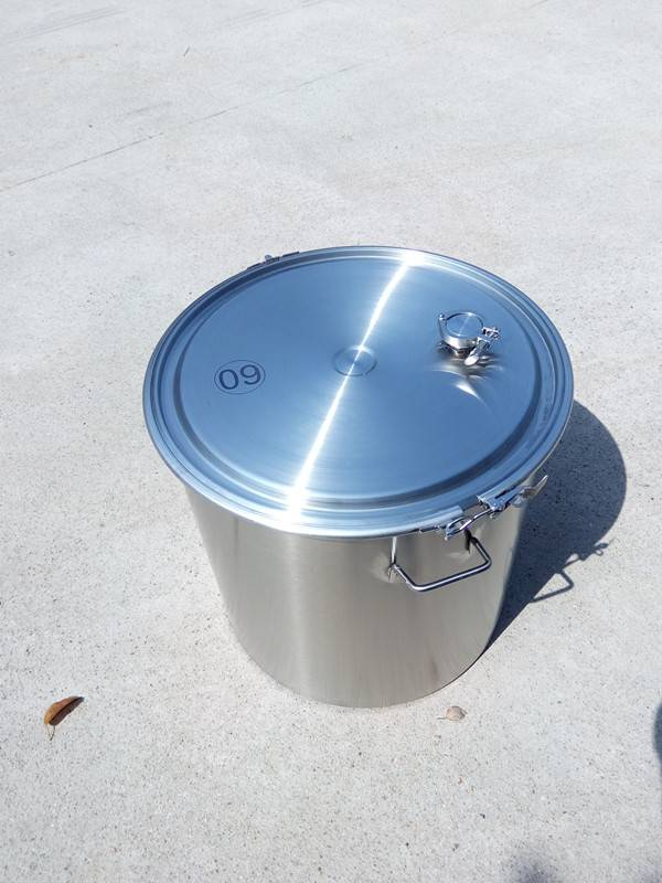 Stainless steel chemical container